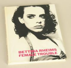Verkaufe Female Trouble Fotobuch