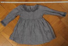 feines graues Kleidchen